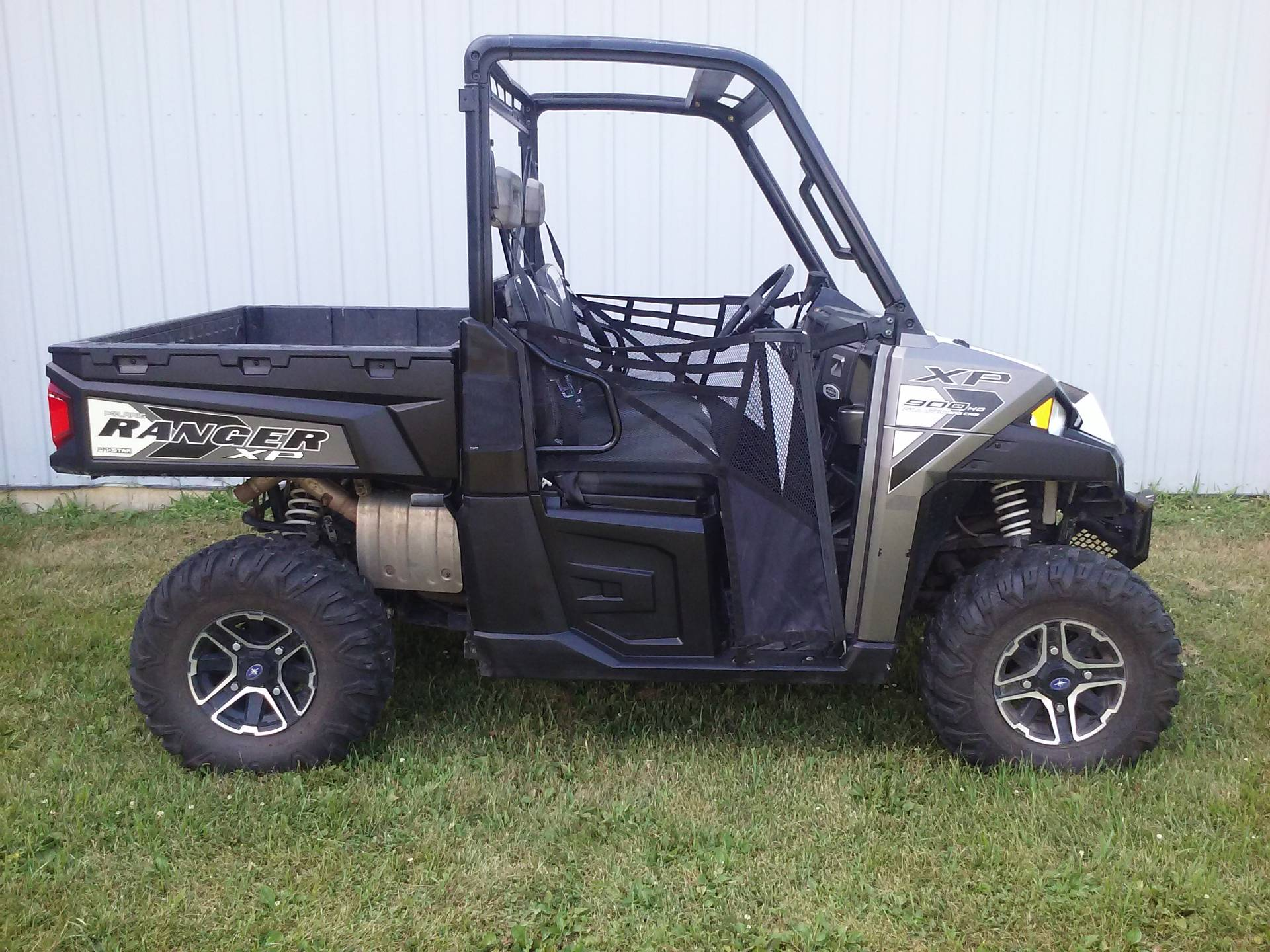 2016 Polaris Ranger XP 900 EPS in Calmar, Iowa - Photo 1