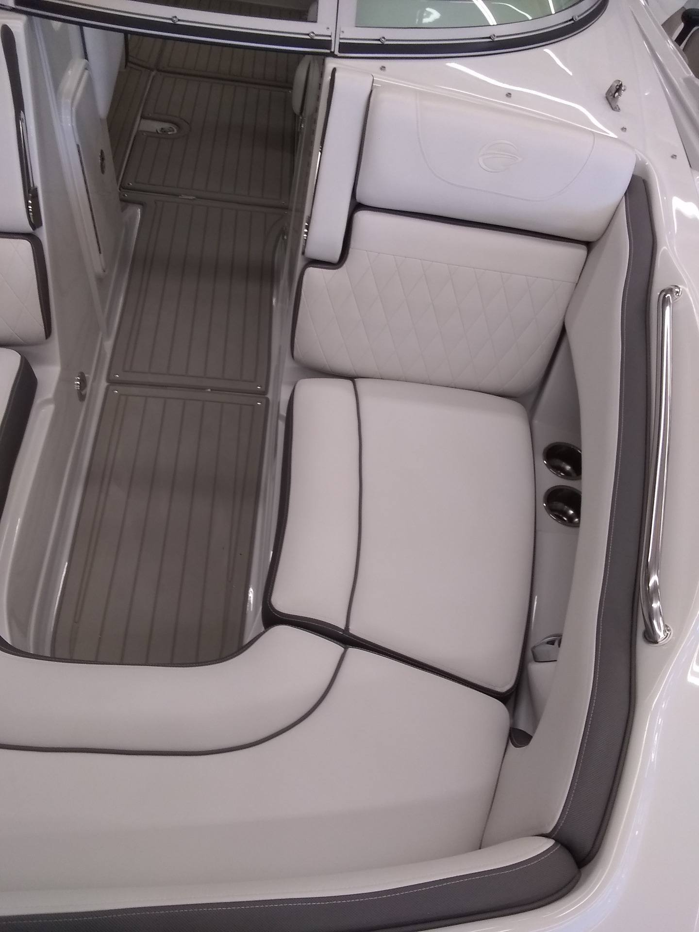 2020 Crownline Eclipse E235 in Sterling, Colorado - Photo 19