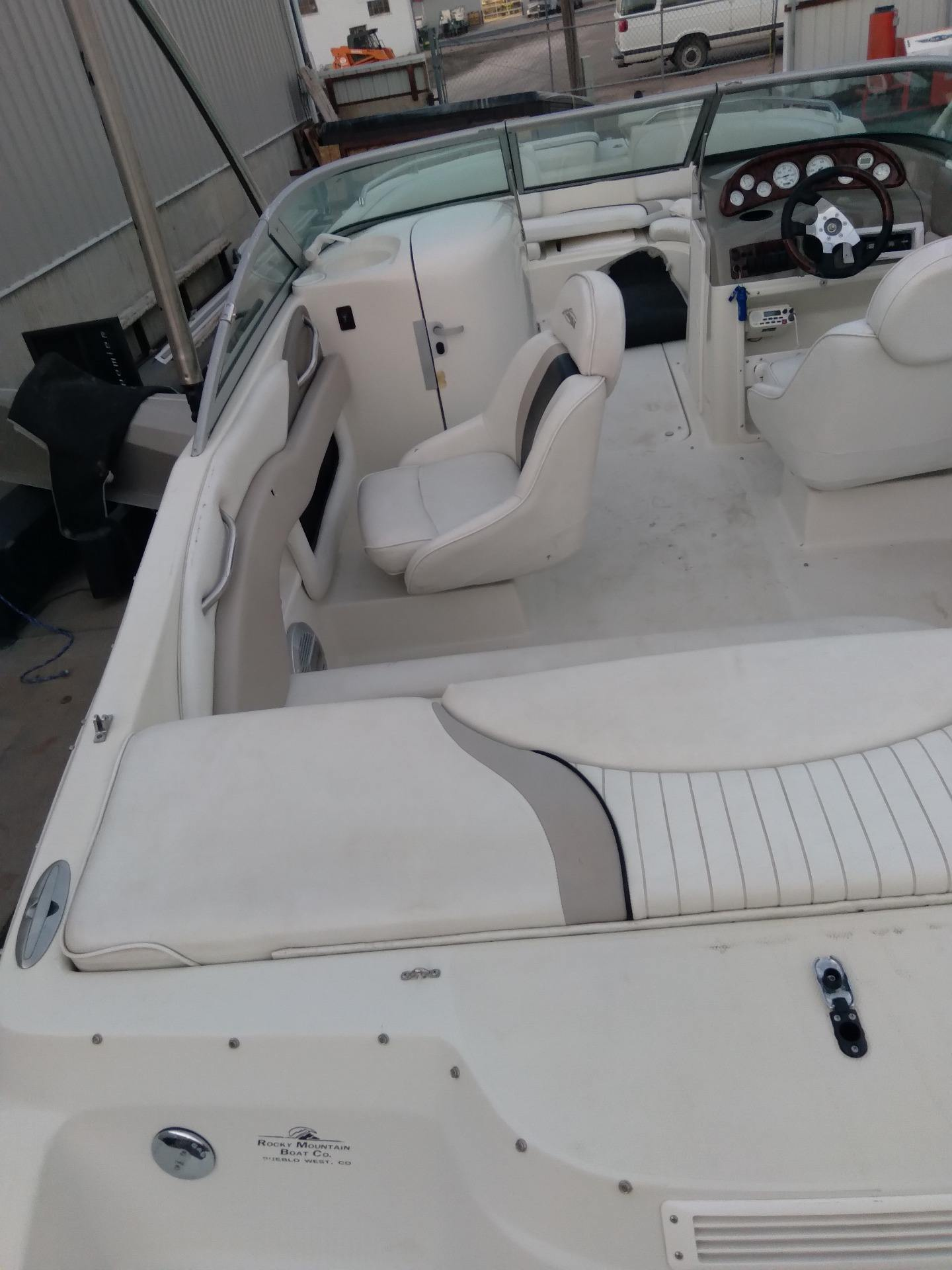 2004 Caravelle 218 Deck Boat in Sterling, Colorado - Photo 8