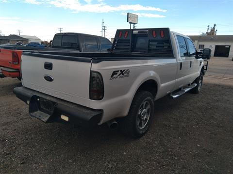 2010 Ford F-250 SUPER DUTY XLT 4X4 in Sterling, Colorado - Photo 4