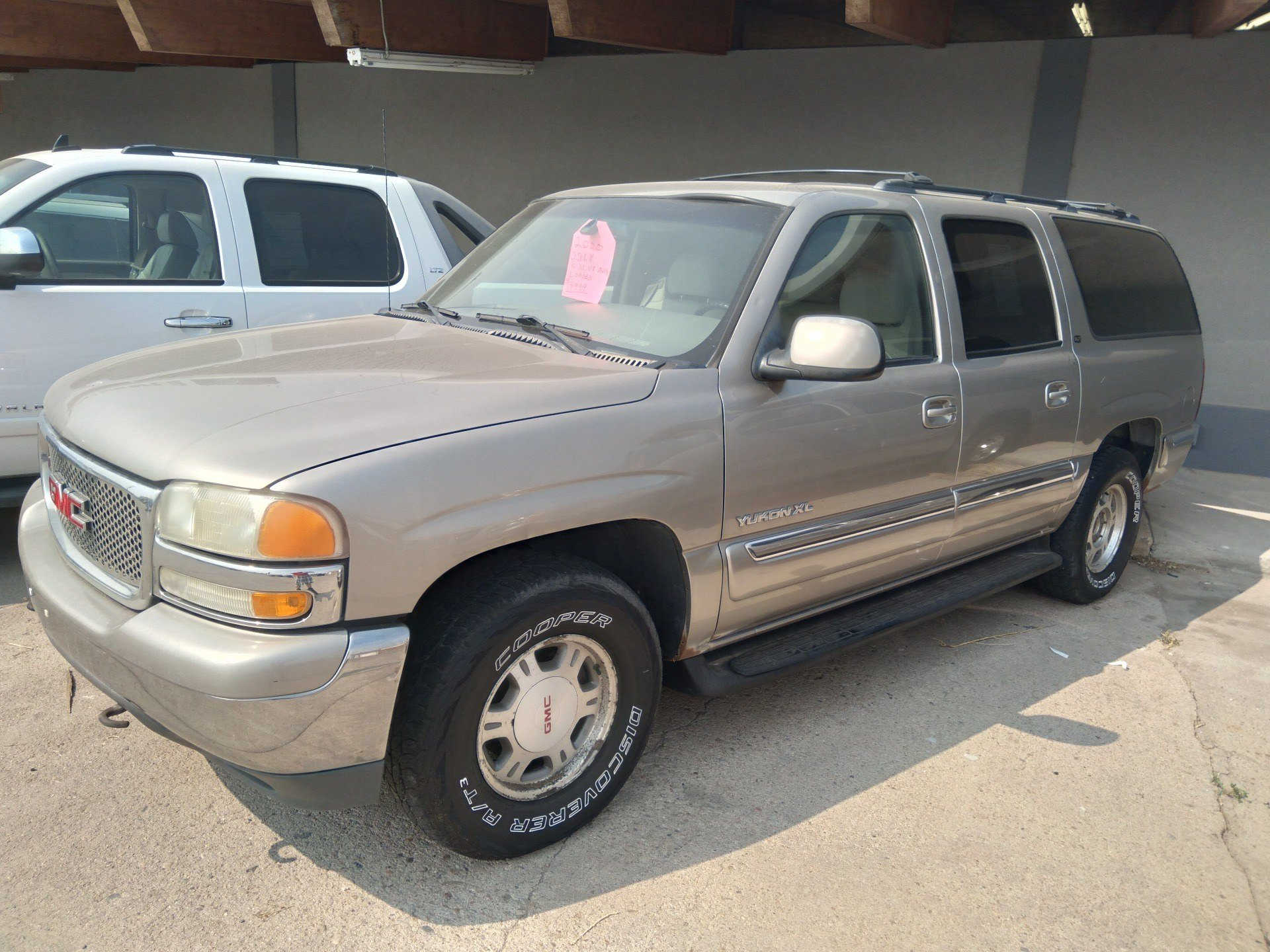 2000 GMC YUKON in Sterling, Colorado - Photo 1