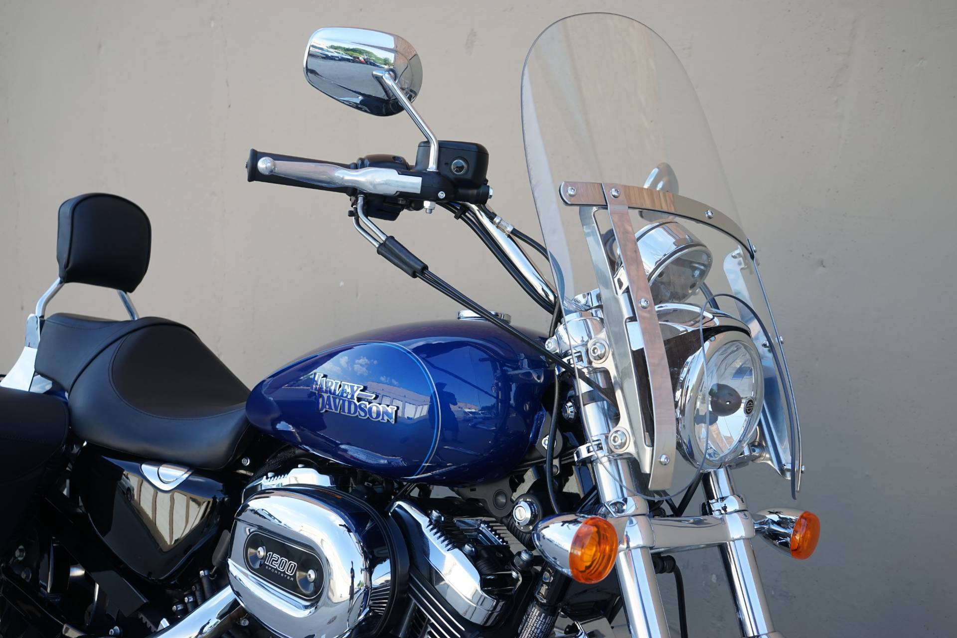 2015 Harley-Davidson SuperLow® 1200T in Roselle, Illinois - Photo 8