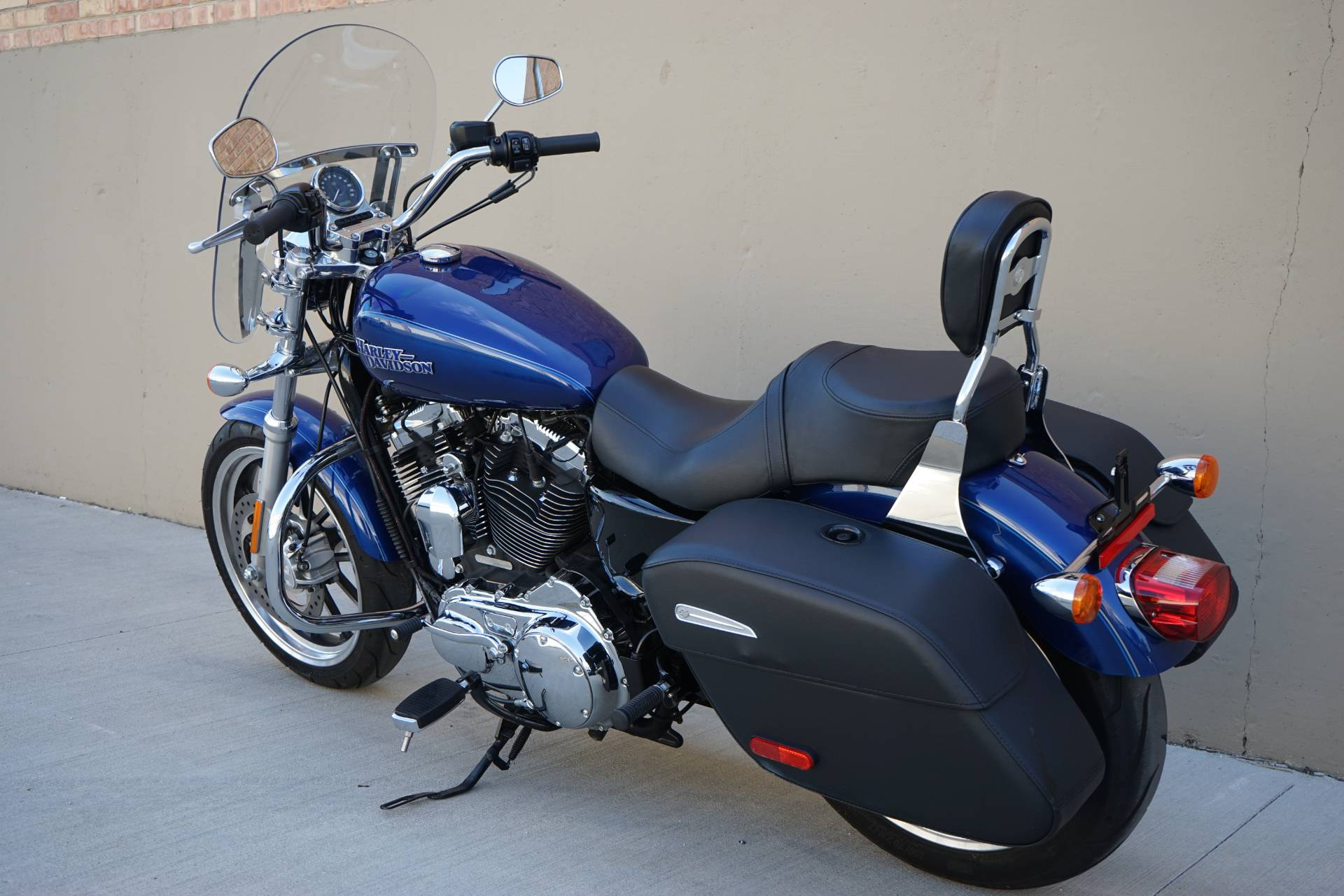 2015 Harley-Davidson SuperLow® 1200T in Roselle, Illinois - Photo 6