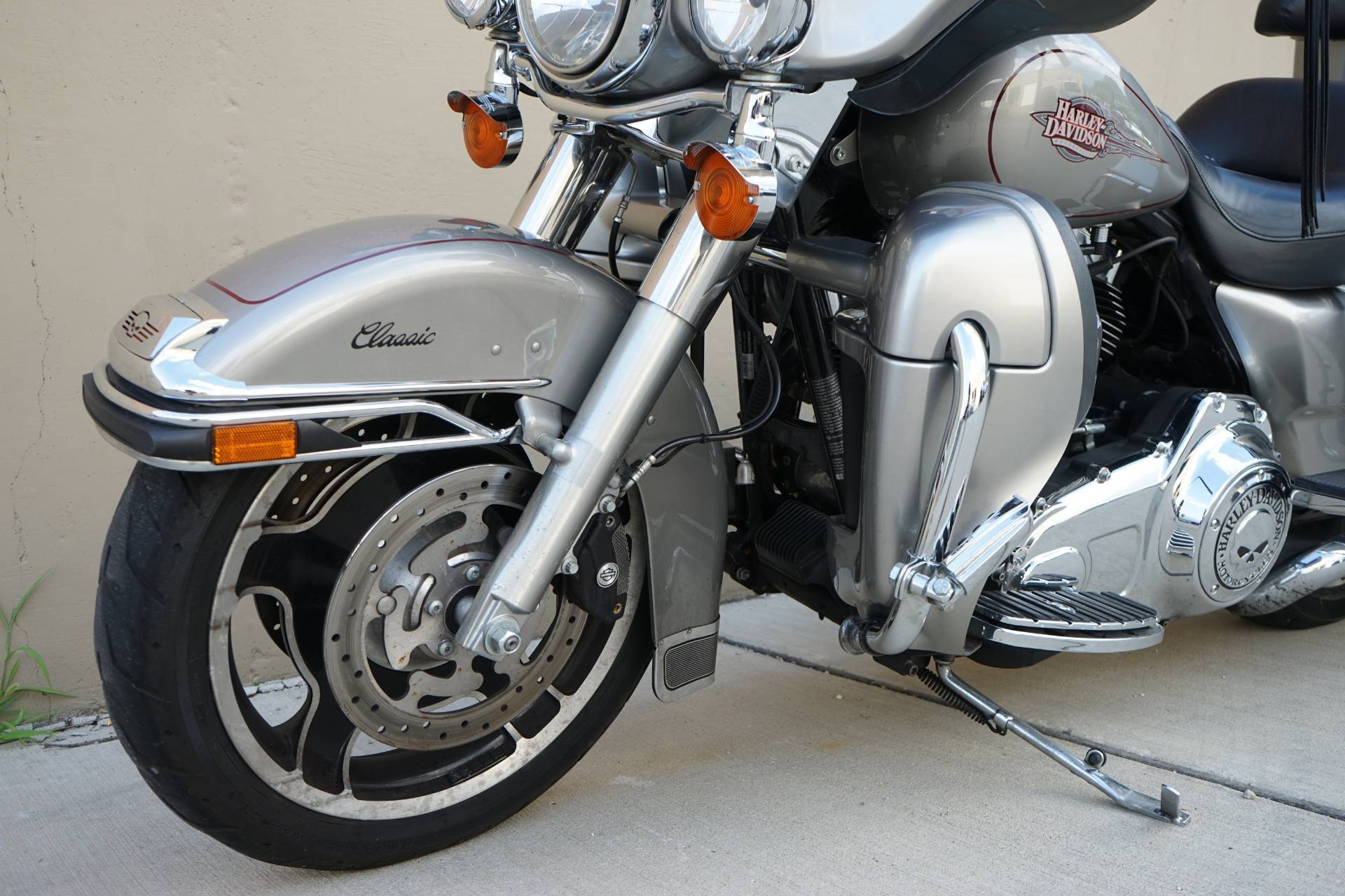 2009 Harley-Davidson Electra Glide® Classic in Roselle, Illinois - Photo 9