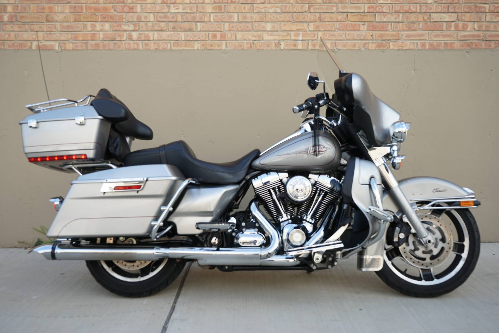 2009 Harley-Davidson Electra Glide® Classic in Roselle, Illinois - Photo 1