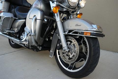 2009 Harley-Davidson Electra Glide® Classic in Roselle, Illinois - Photo 10