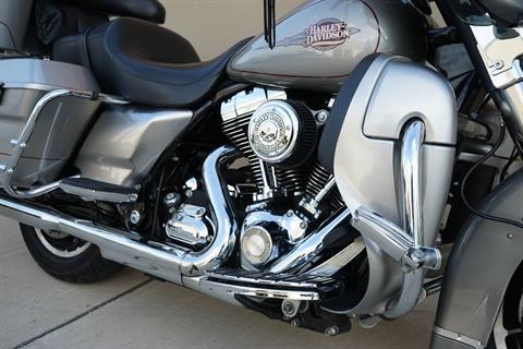 2009 Harley-Davidson Electra Glide® Classic in Roselle, Illinois - Photo 12