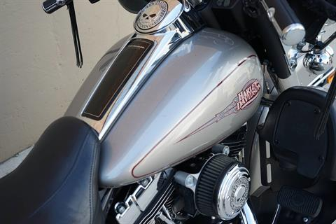 2009 Harley-Davidson Electra Glide® Classic in Roselle, Illinois - Photo 15
