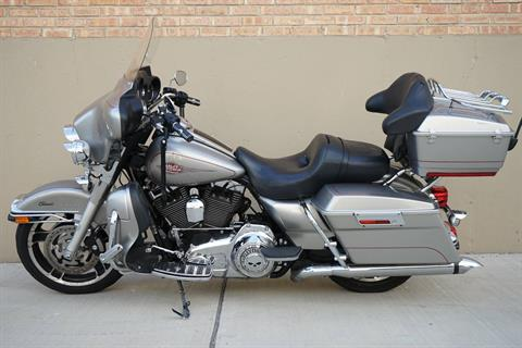 2009 Harley-Davidson Electra Glide® Classic in Roselle, Illinois - Photo 4