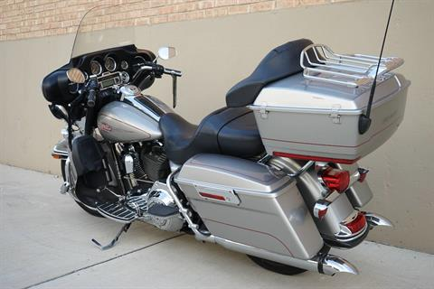 2009 Harley-Davidson Electra Glide® Classic in Roselle, Illinois - Photo 5