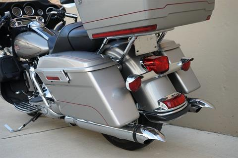 2009 Harley-Davidson Electra Glide® Classic in Roselle, Illinois - Photo 17