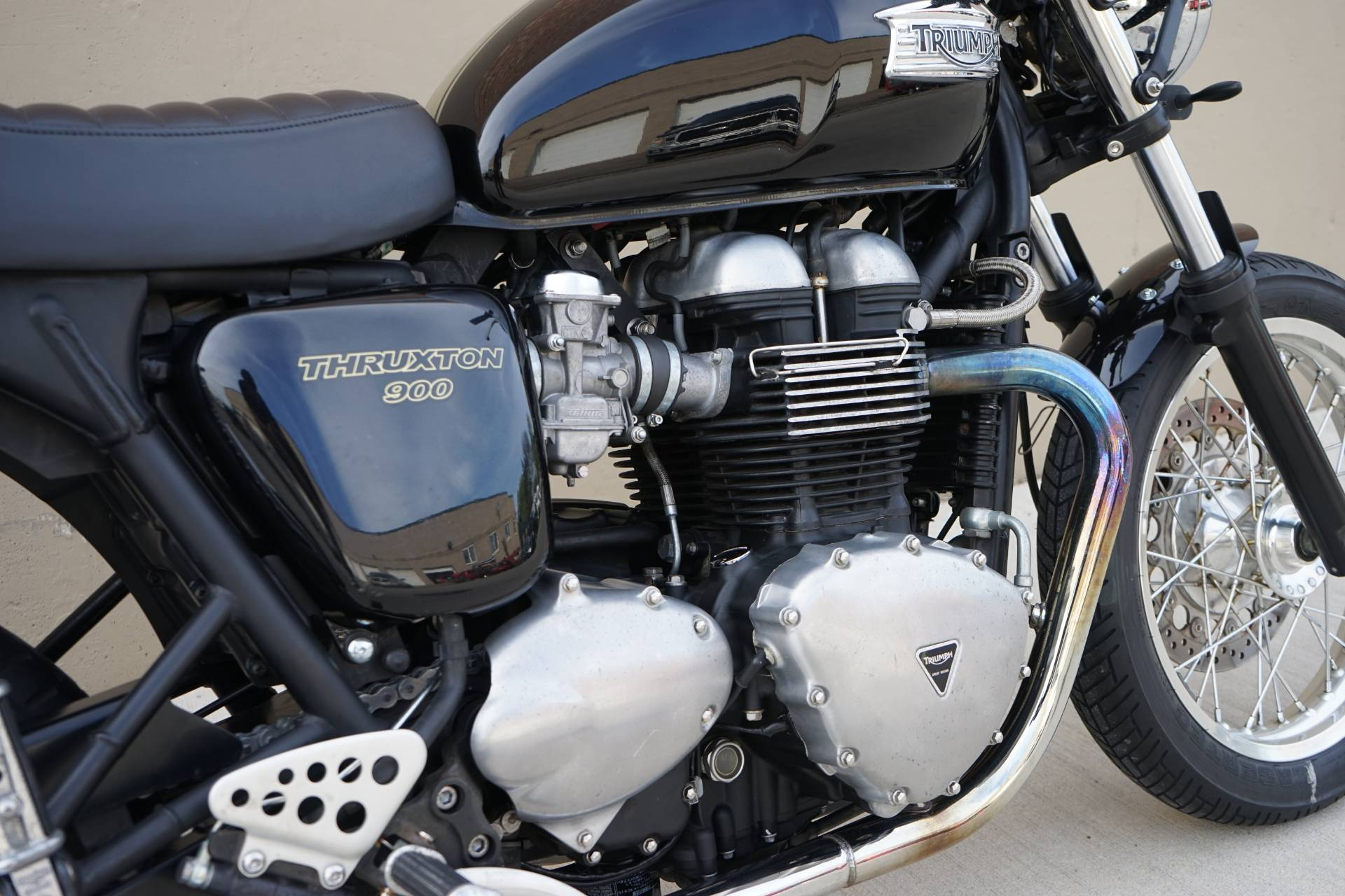 2010 Triumph Thruxton in Roselle, Illinois - Photo 10