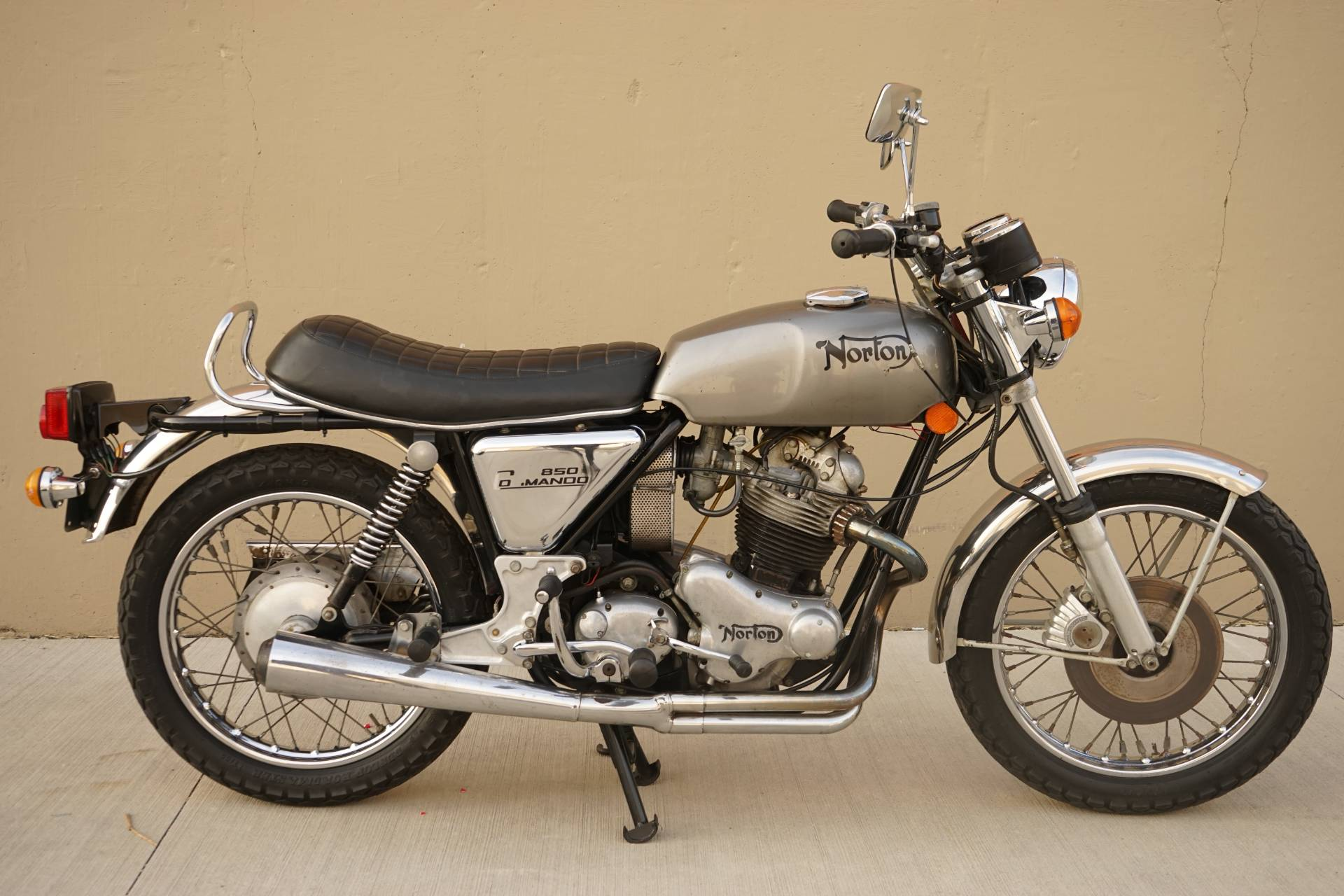 Used 1974 Norton Motorcycles Commando 850 Silver Motorcycles In Roselle Il 311284