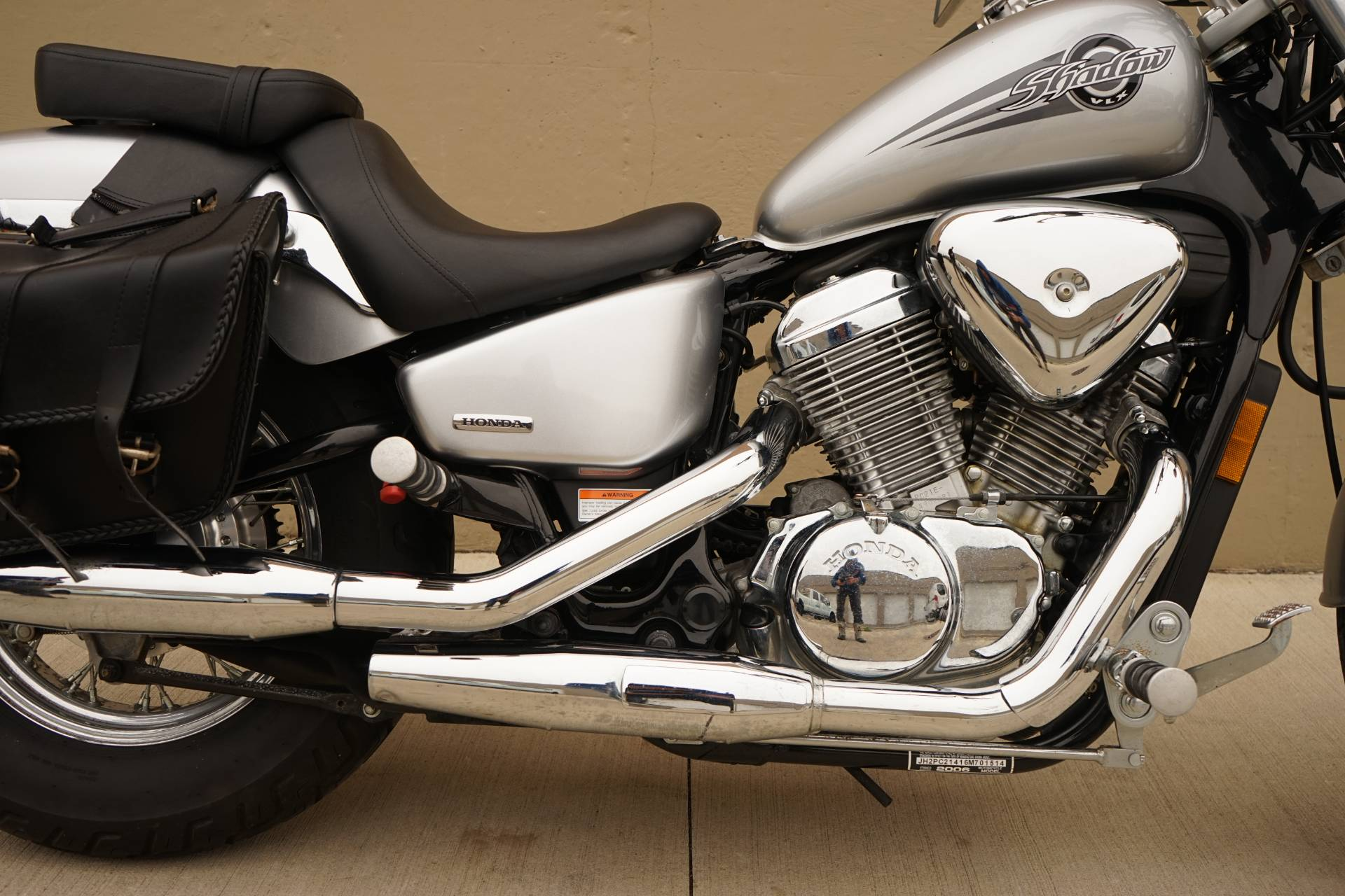 2006 Honda Shadow® VLX Deluxe in Roselle, Illinois - Photo 7