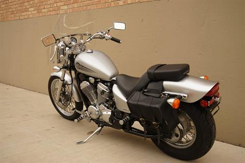 2006 Honda Shadow® VLX Deluxe in Roselle, Illinois - Photo 6