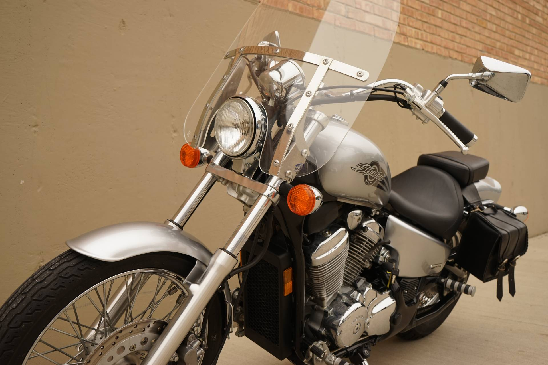 2006 Honda Shadow® VLX Deluxe in Roselle, Illinois - Photo 13