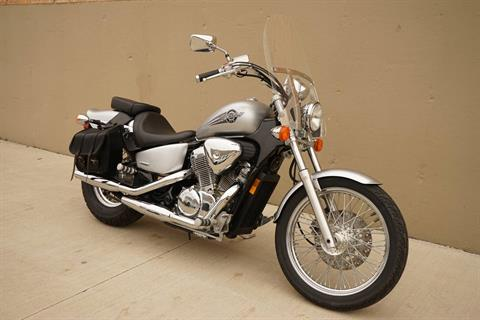 2006 Honda Shadow® VLX Deluxe in Roselle, Illinois - Photo 3