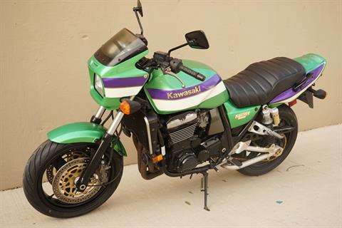 2000 Kawasaki ZRX1100 in Roselle, Illinois - Photo 5