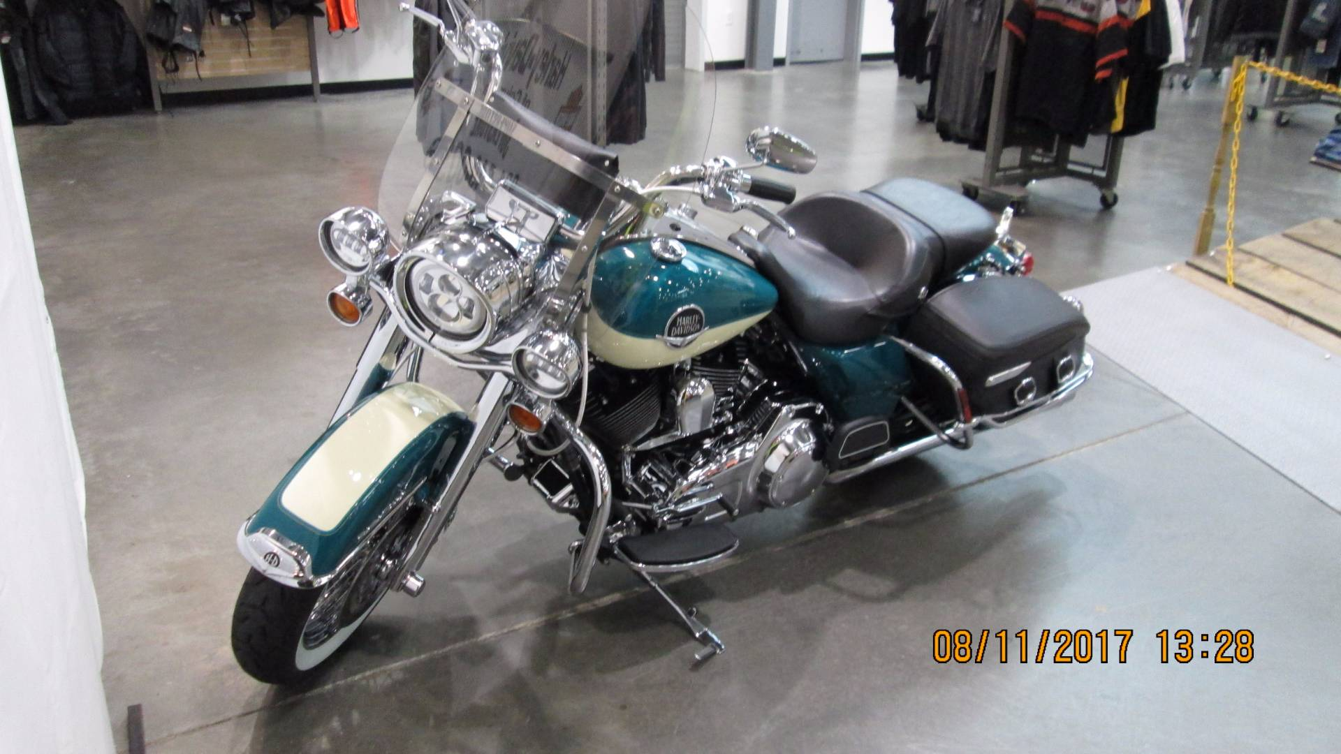 2009 Harley-Davidson Road King® Classic in Columbia, Tennessee