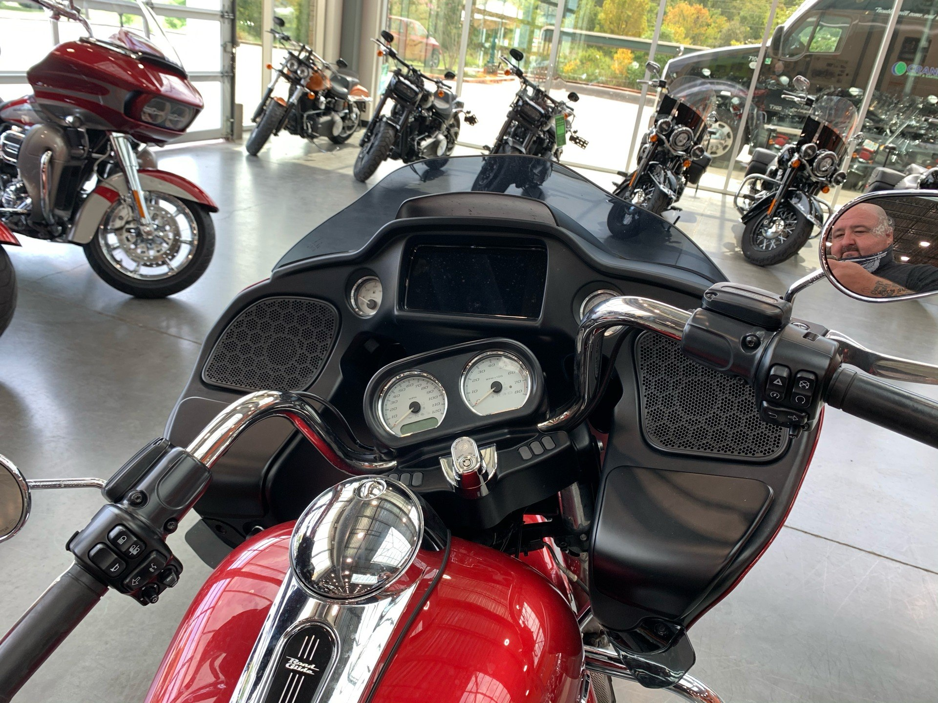 2019 Harley-Davidson FLTR in Columbia, Tennessee - Photo 2