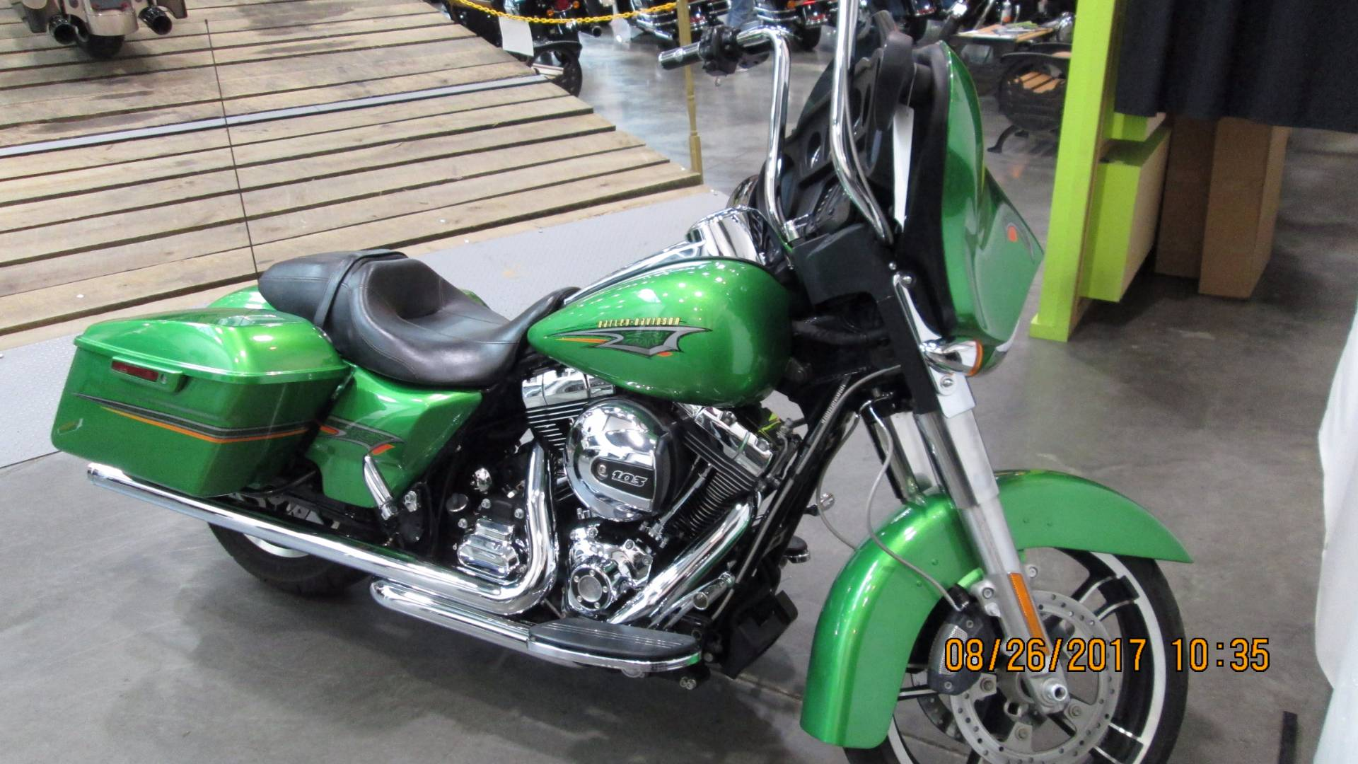 2015 Harley-Davidson Street Glide® in Columbia, Tennessee