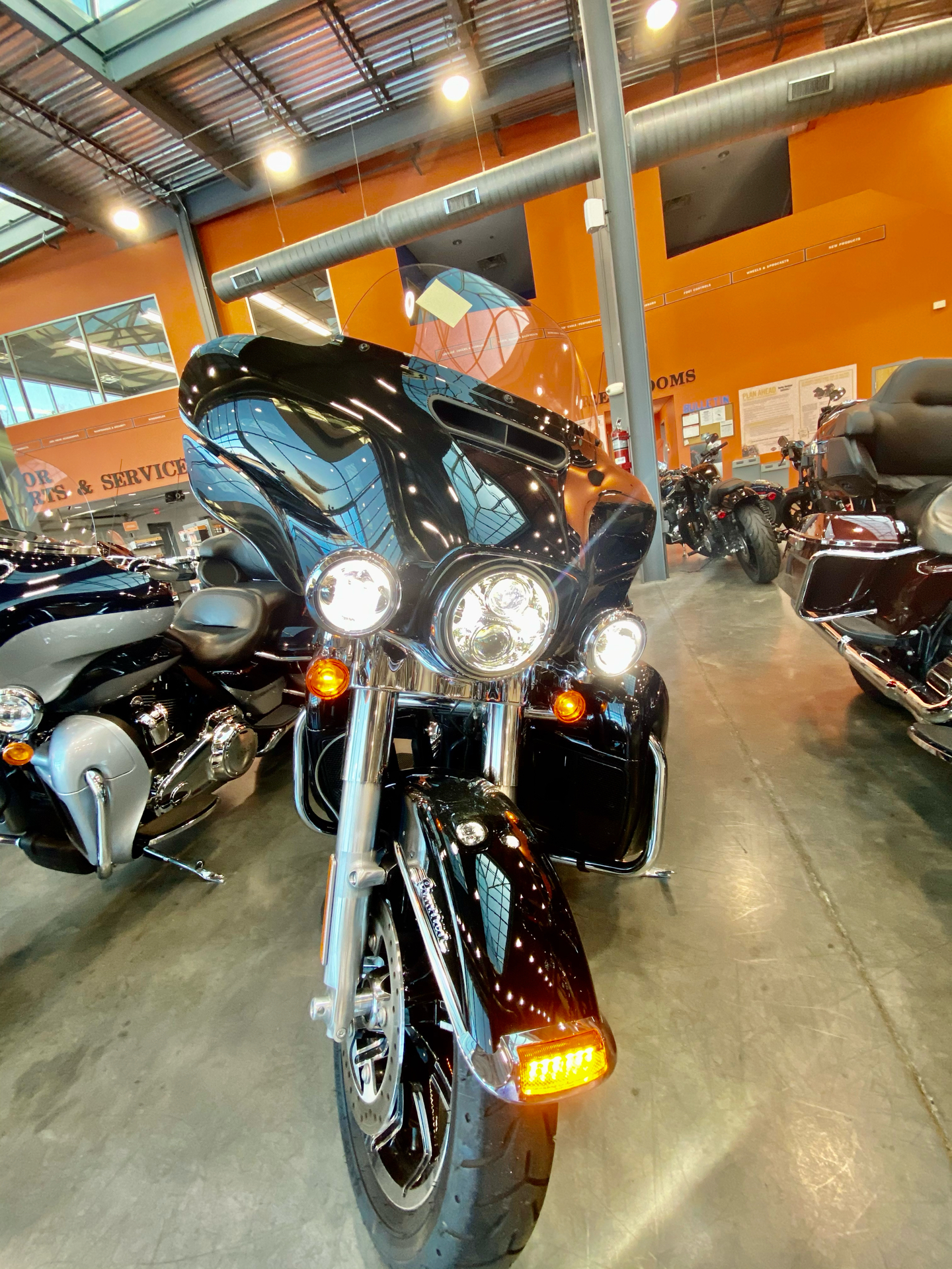 2019 Harley-Davidson FLHTK in Columbia, Tennessee - Photo 2