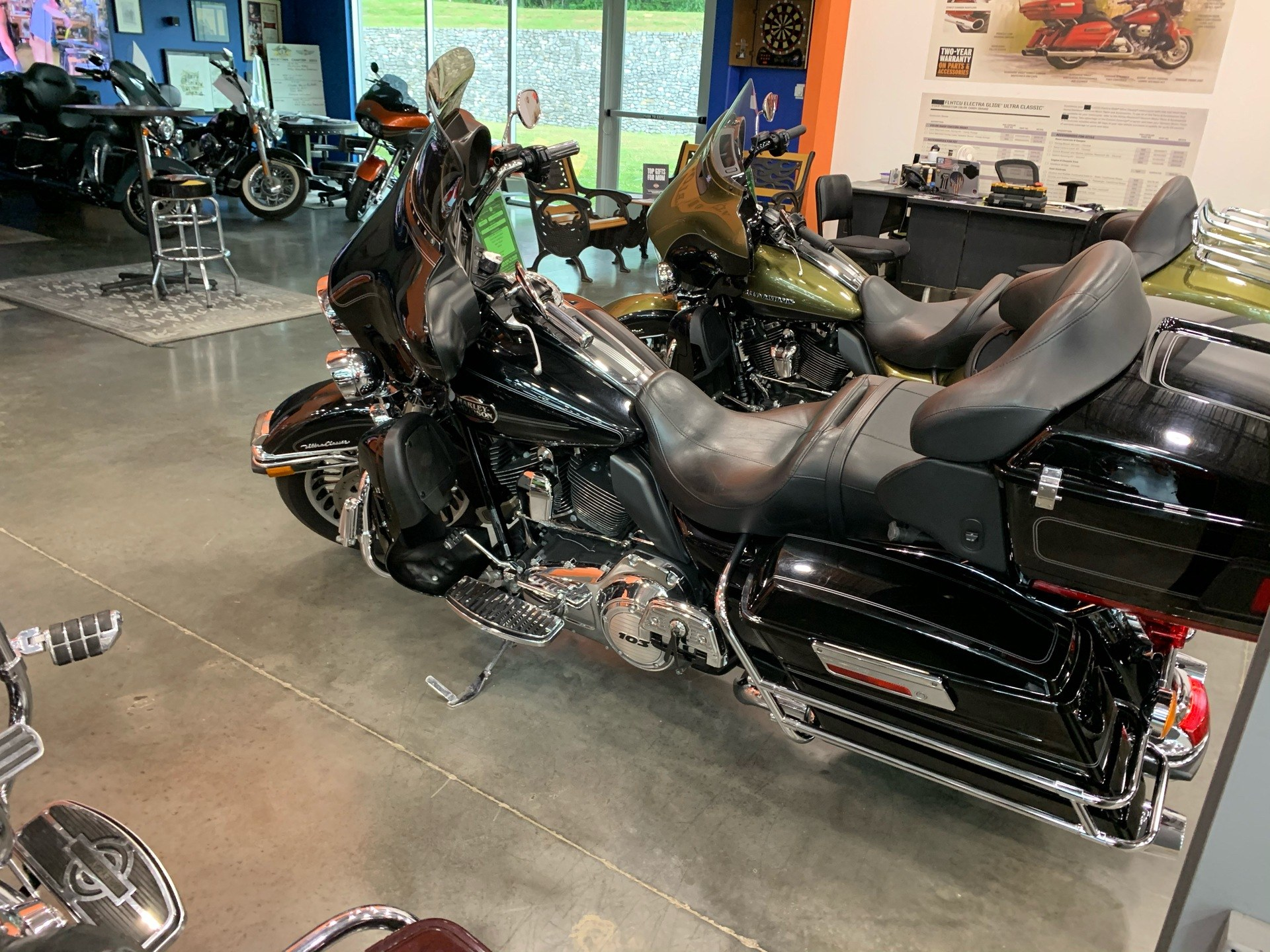 2012 Harley-Davidson FLHTCU in Columbia, Tennessee - Photo 6