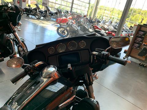 2019 Harley-Davidson FLHTCU in Columbia, Tennessee - Photo 2