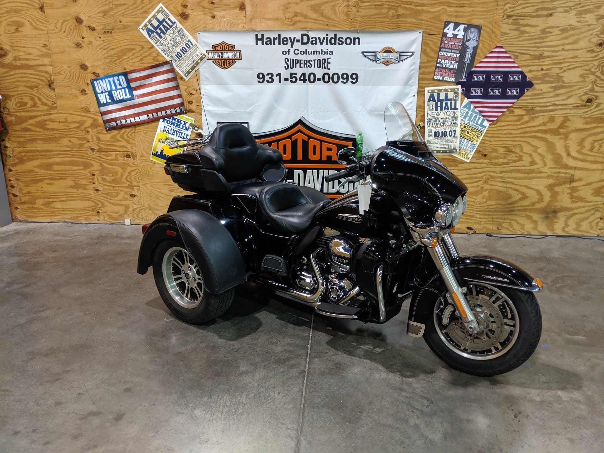 2015 Harley-Davidson Flhtcutg in Columbia, Tennessee - Photo 2