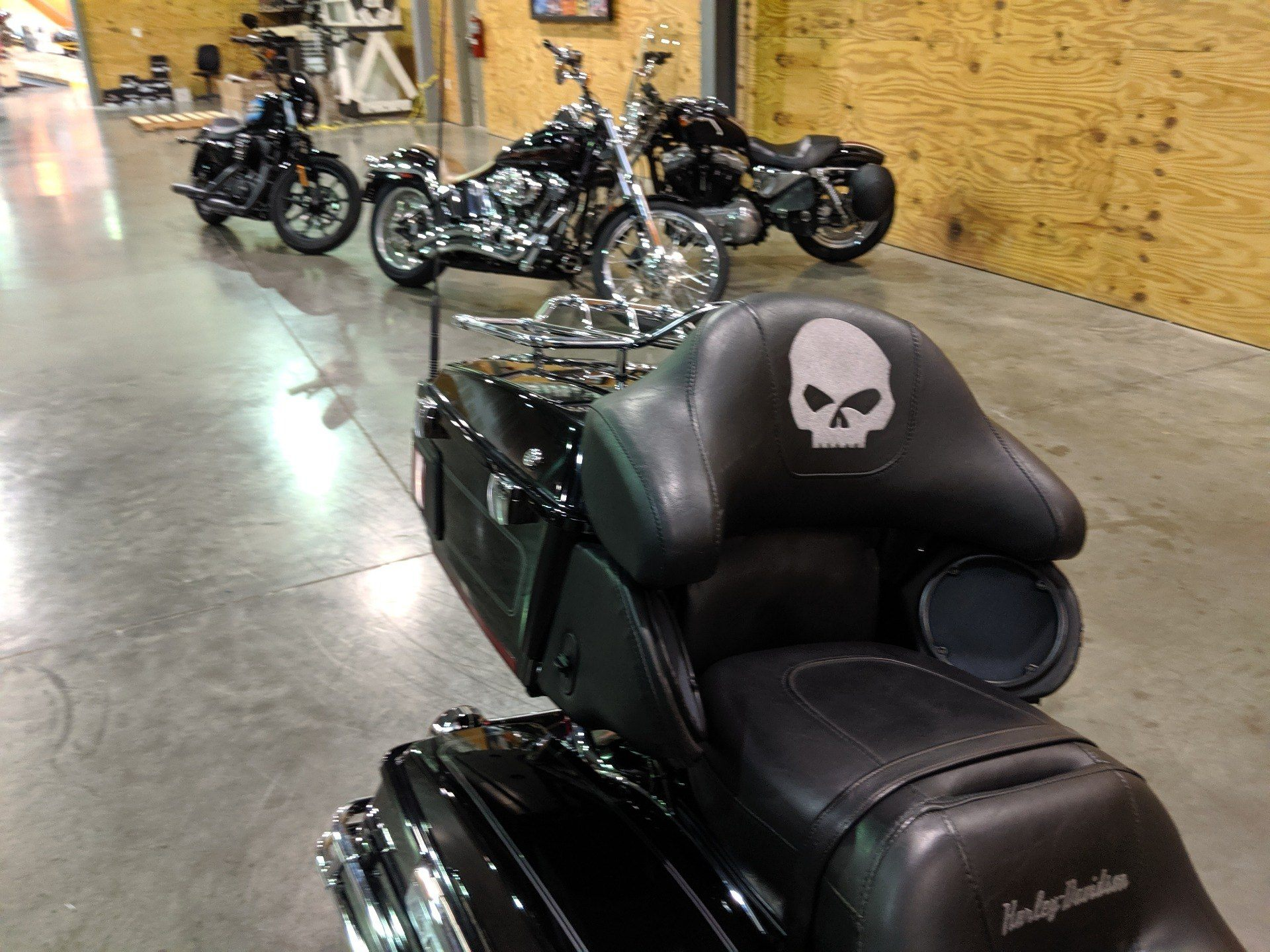 2013 Harley-Davidson FLHTCU in Columbia, Tennessee - Photo 10