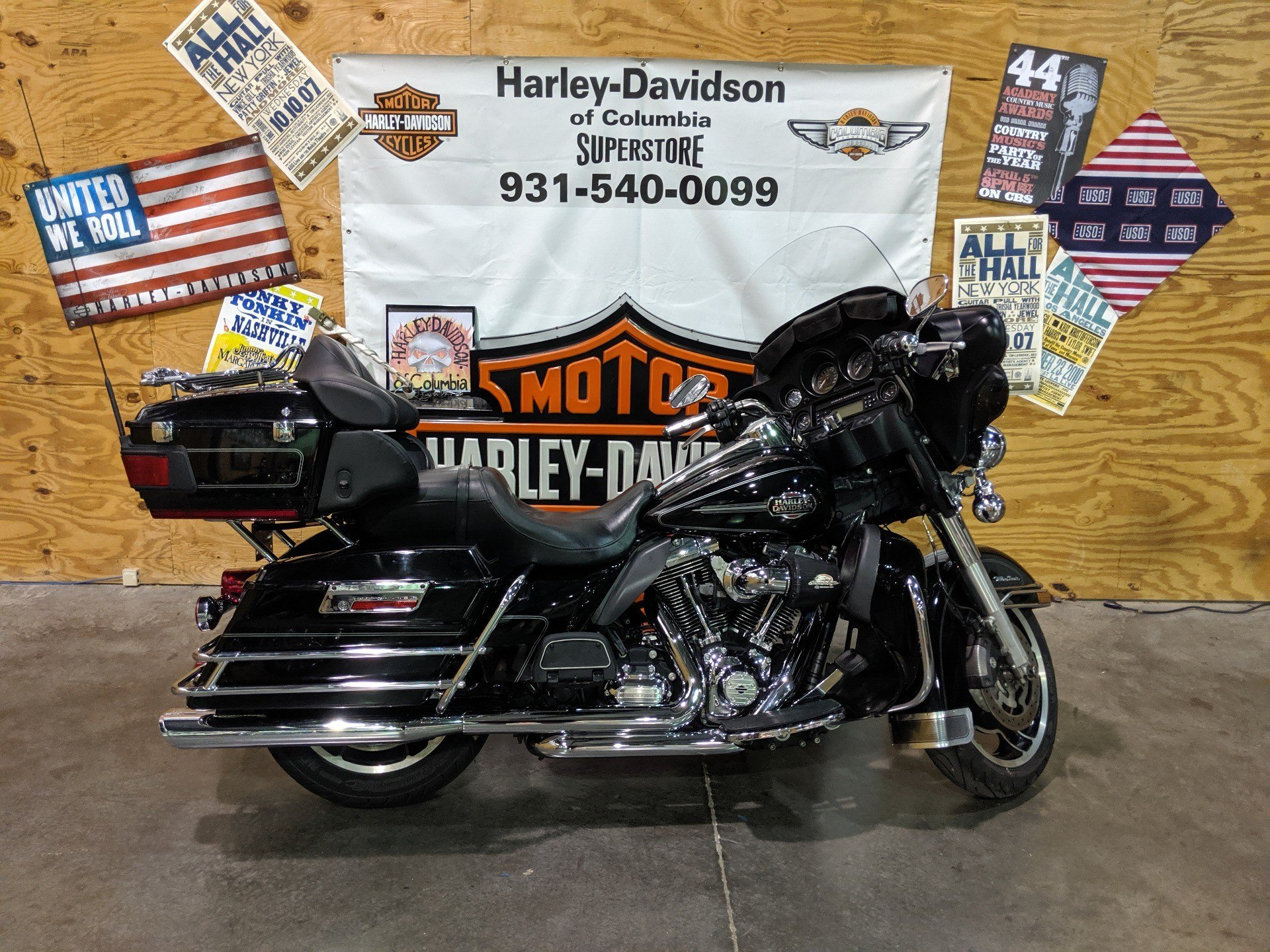 2013 Harley-Davidson FLHTCU in Columbia, Tennessee - Photo 1