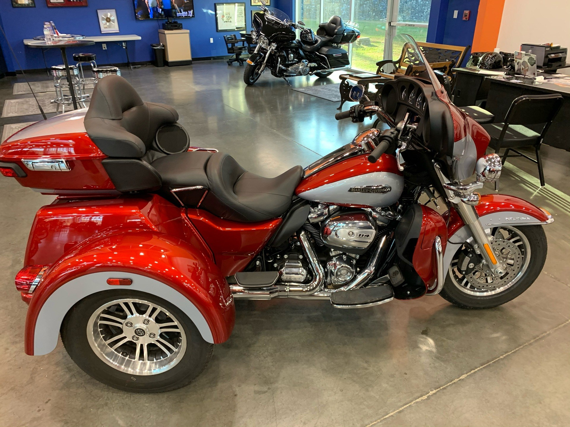 2019 Harley-Davidson Flhtcutg in Columbia, Tennessee - Photo 1