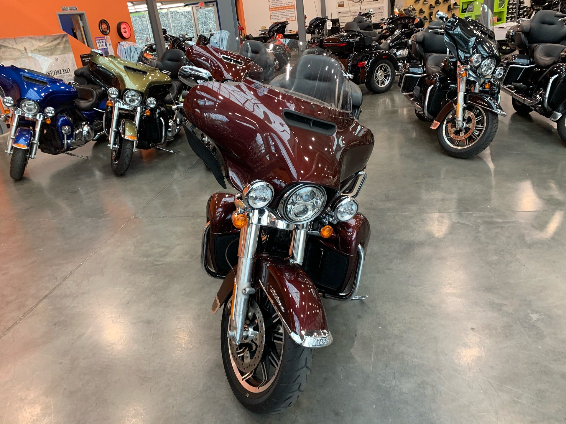 2019 Harley-Davidson FLHTCU in Columbia, Tennessee - Photo 3