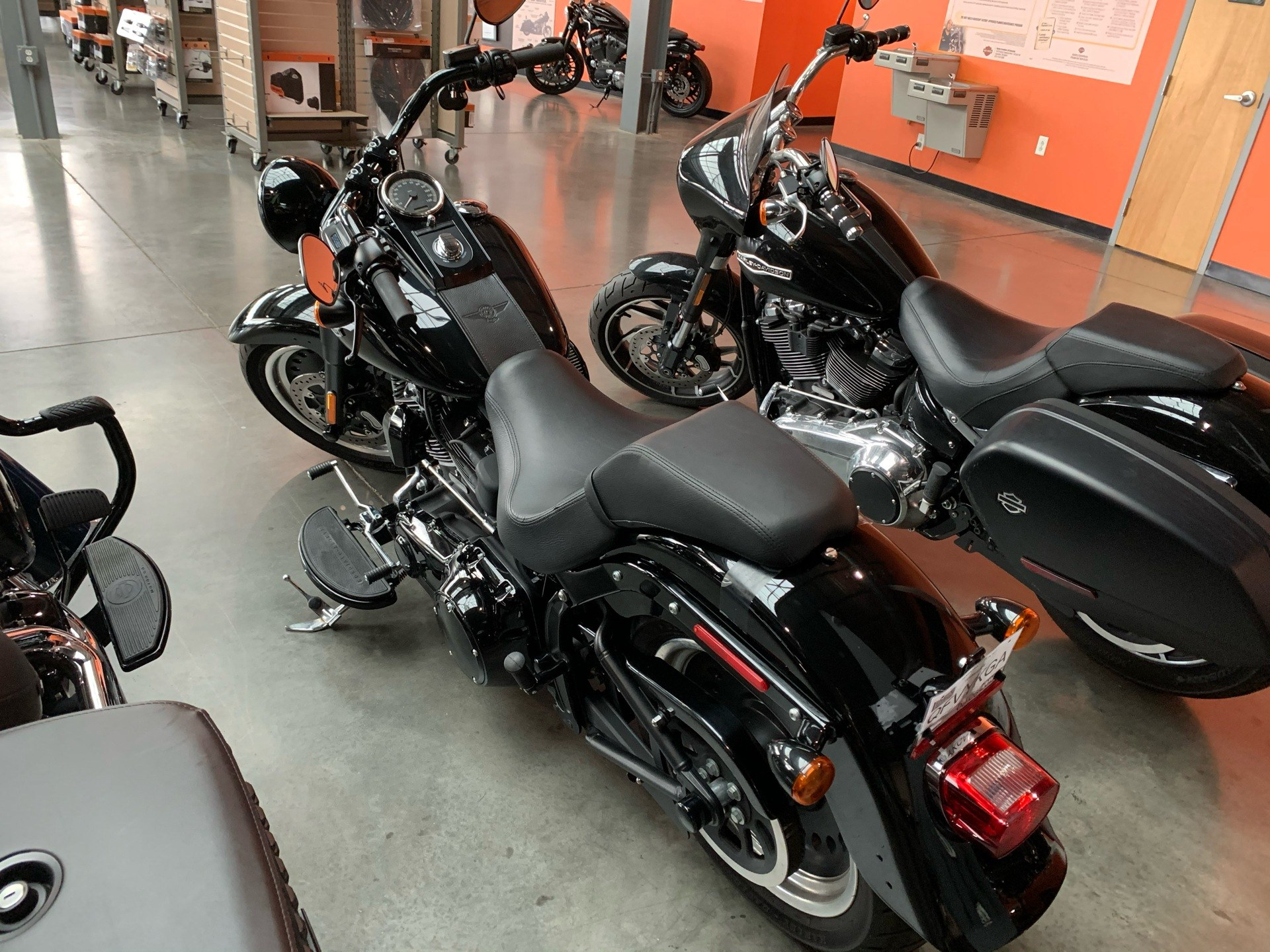 2017 Harley-Davidson FAT BOY S in Columbia, Tennessee - Photo 6