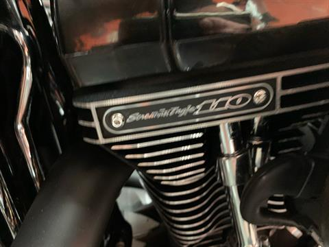 2017 Harley-Davidson FAT BOY S in Columbia, Tennessee - Photo 9