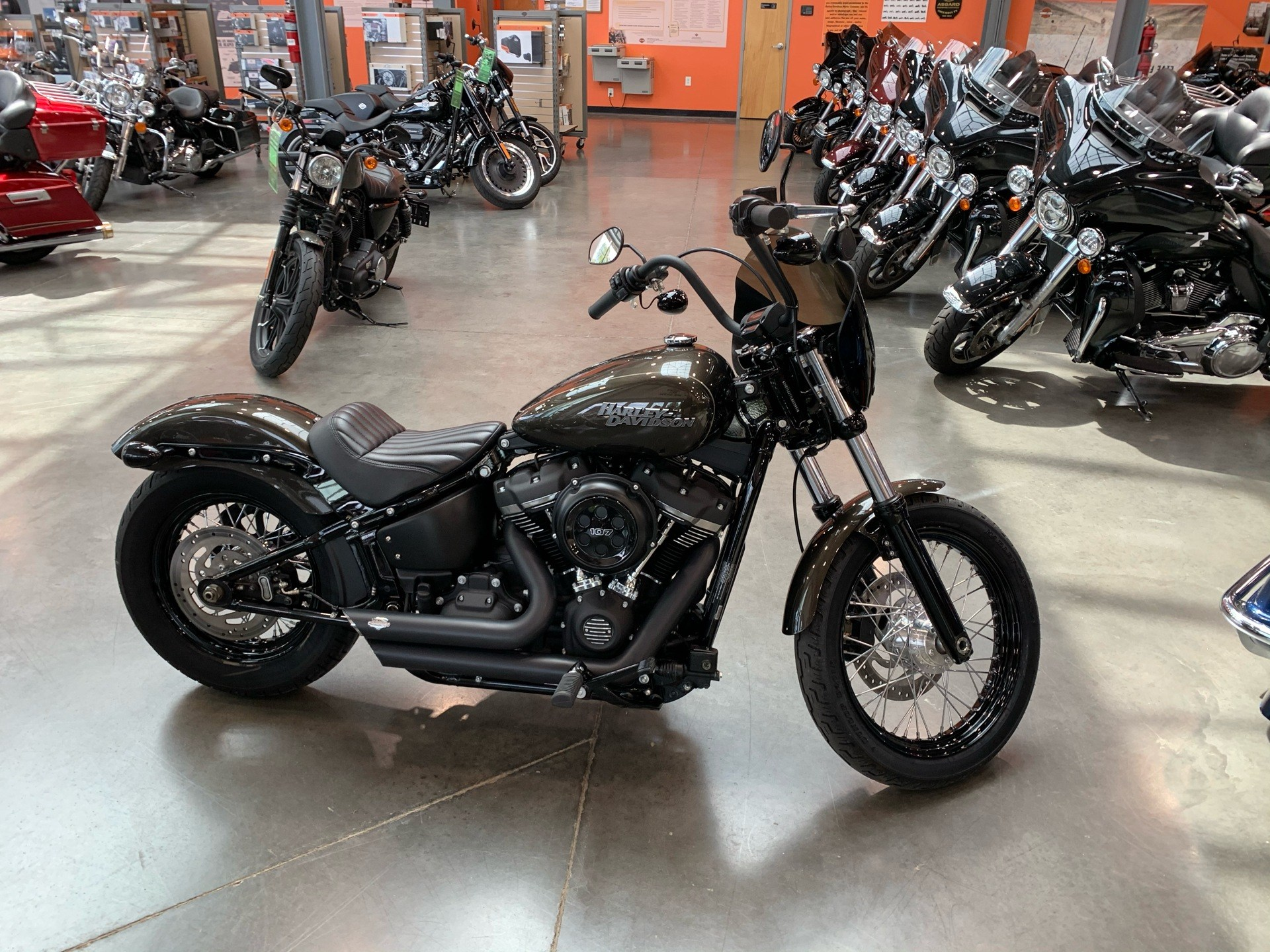 2020 Harley-Davidson FXBB STREET BOB in Columbia, Tennessee - Photo 1