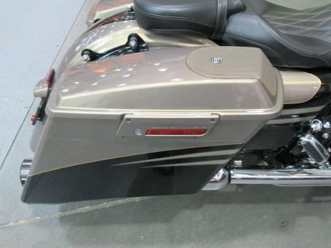 2013 Harley-Davidson CVO™ Road Glide® Custom in Columbia, Tennessee