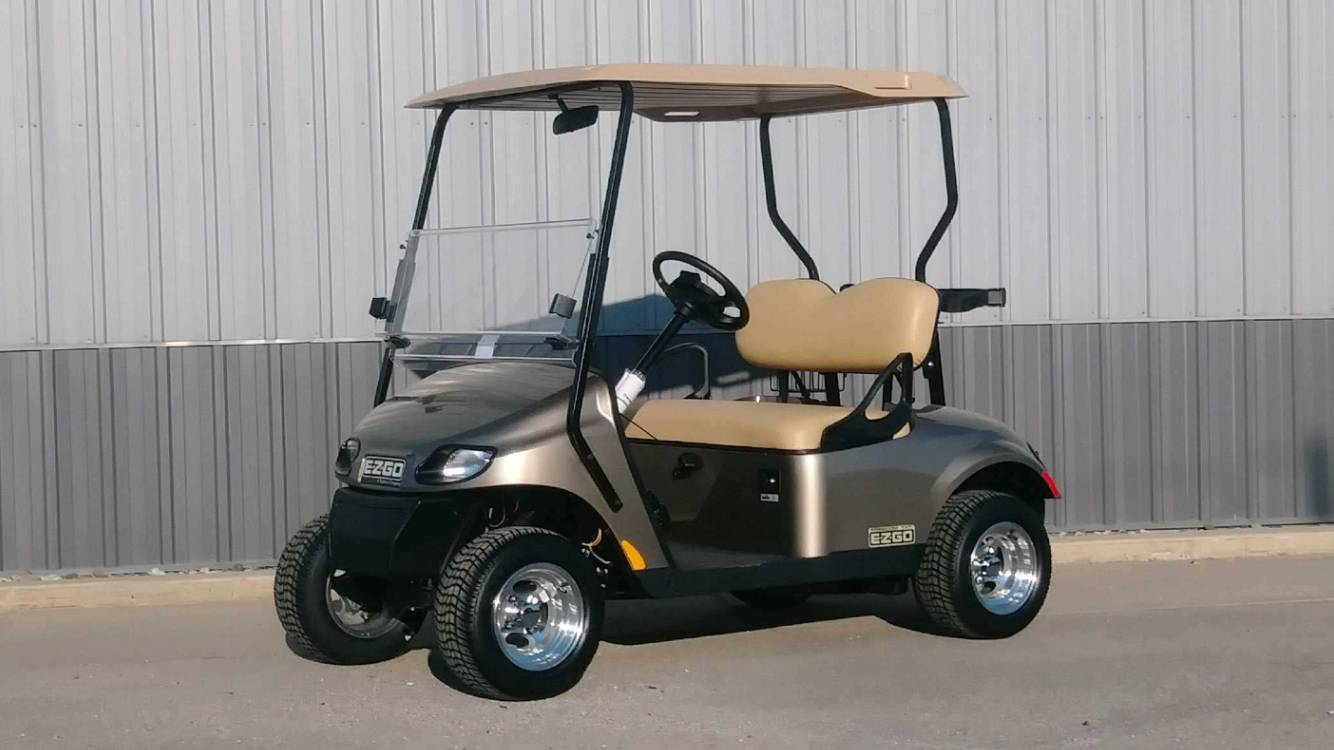 2017 E-Z-Go Golf Freedom TXT Gas in Atlantic, Iowa