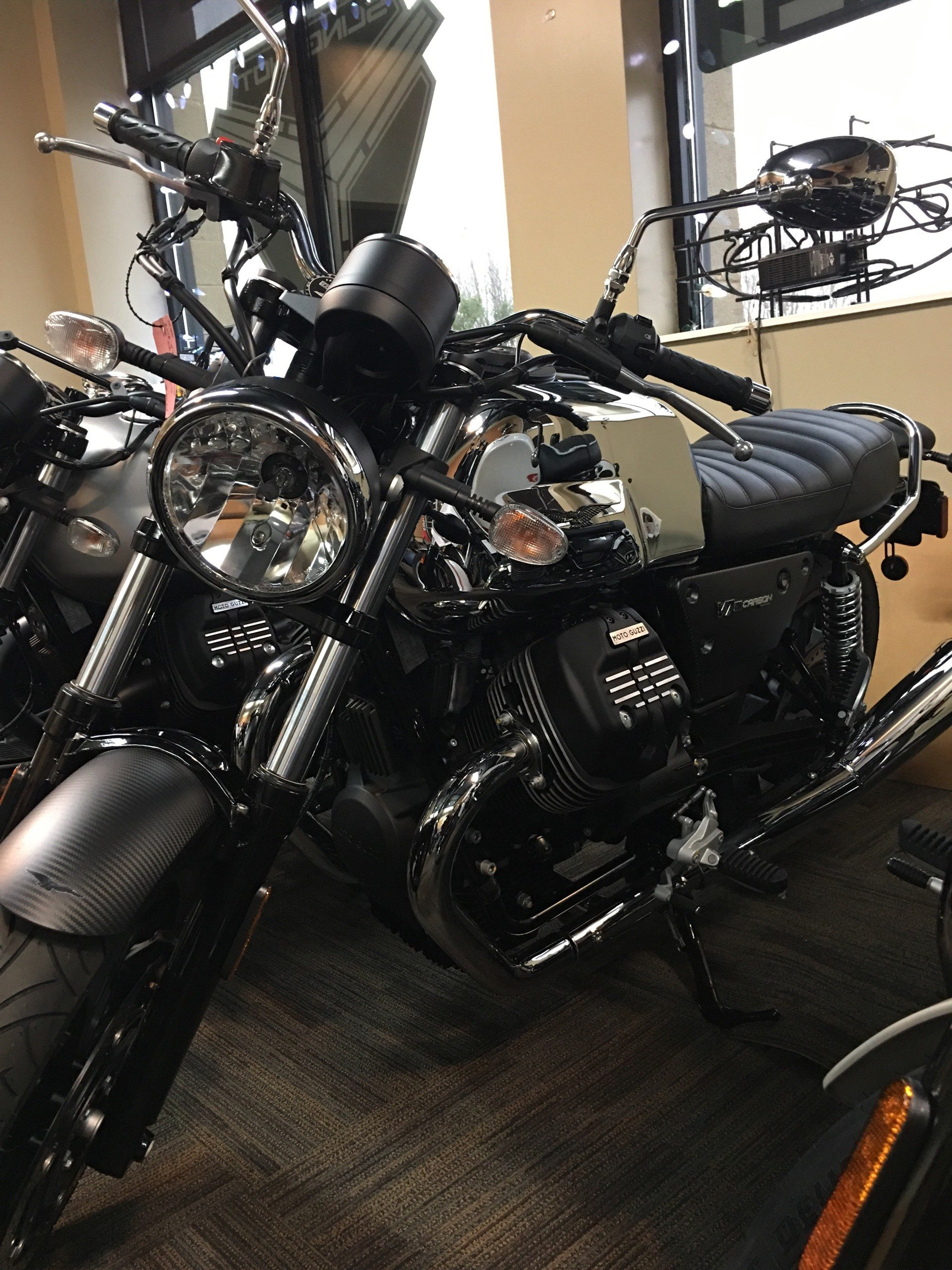 2018 Moto Guzzi V7 III Carbon Shine in Woodstock, Illinois - Photo 1
