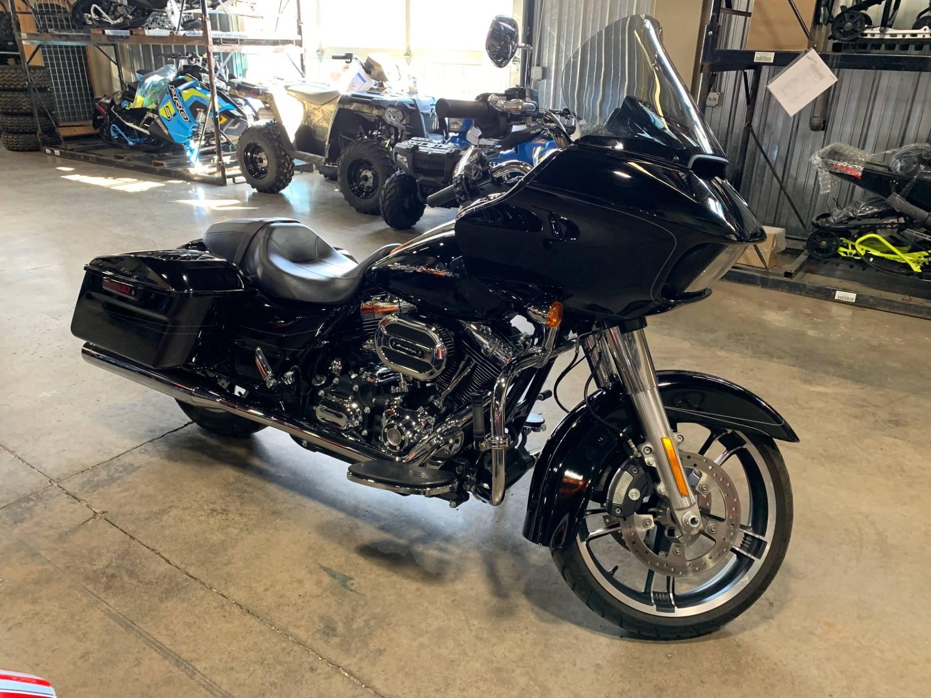 2015 Harley-Davidson ROAD GLIDE SPECIAL 1