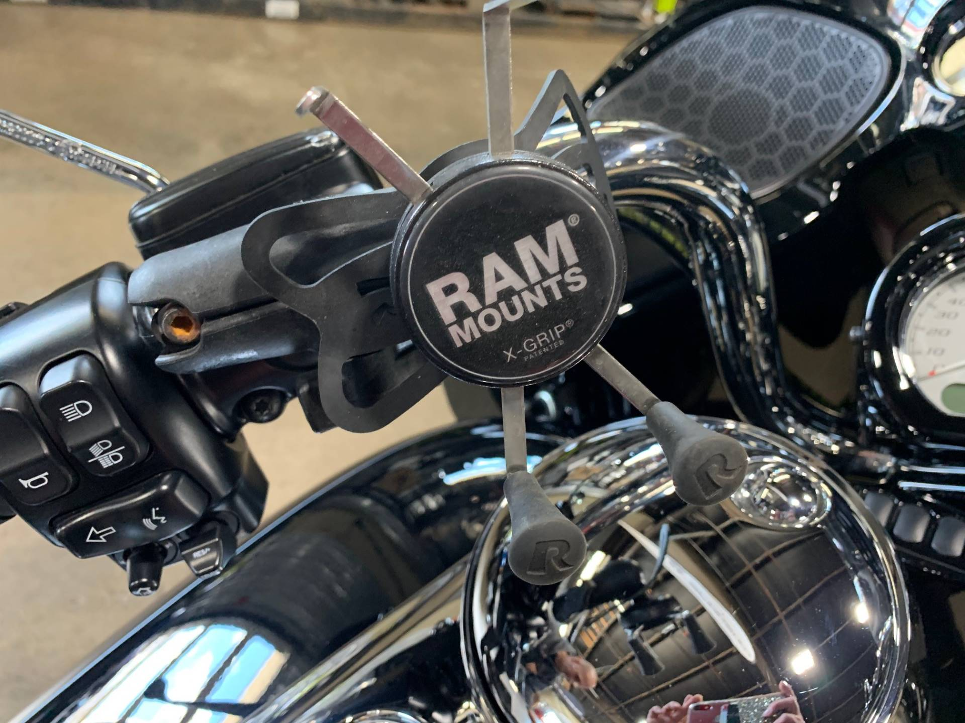 2015 Harley-Davidson ROAD GLIDE SPECIAL 3