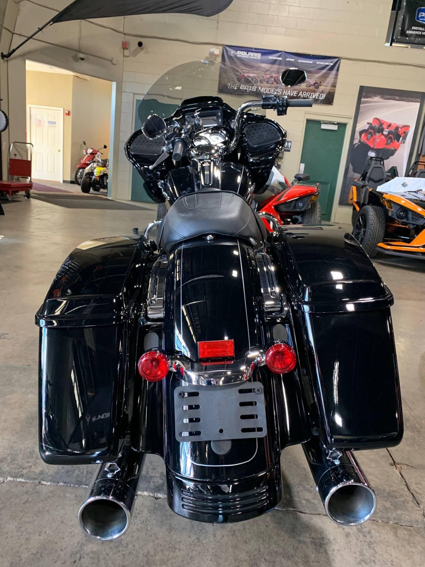 2015 Harley-Davidson ROAD GLIDE SPECIAL 9