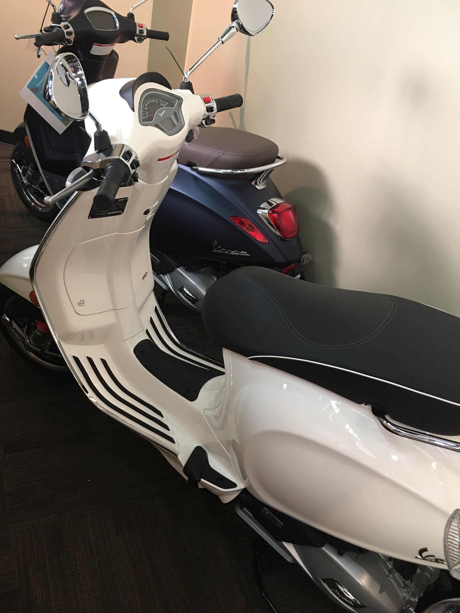 2019 Vespa Sprint 150 in Woodstock, Illinois