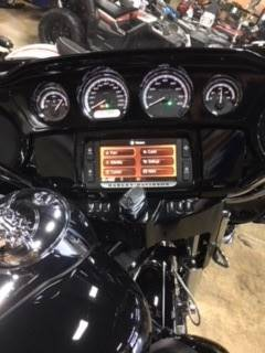 2014 Harley-Davidson Ultra Limited in Woodstock, Illinois