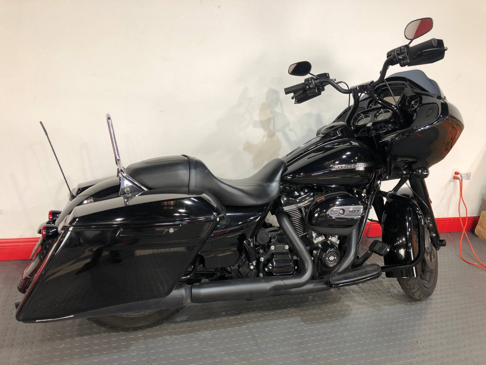 2018 Harley-Davidson Road Glide® Special in Tampa, Florida - Photo 4