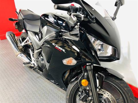 2016 Honda CBR300R ABS in Tampa, Florida - Photo 5