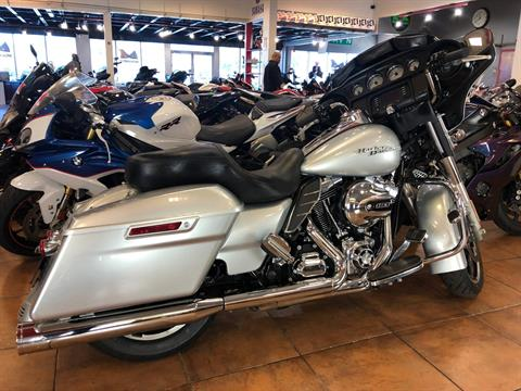 2014 Harley-Davidson Street Glide® in Pinellas Park, Florida - Photo 4