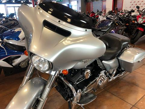 2014 Harley-Davidson Street Glide® in Pinellas Park, Florida - Photo 13