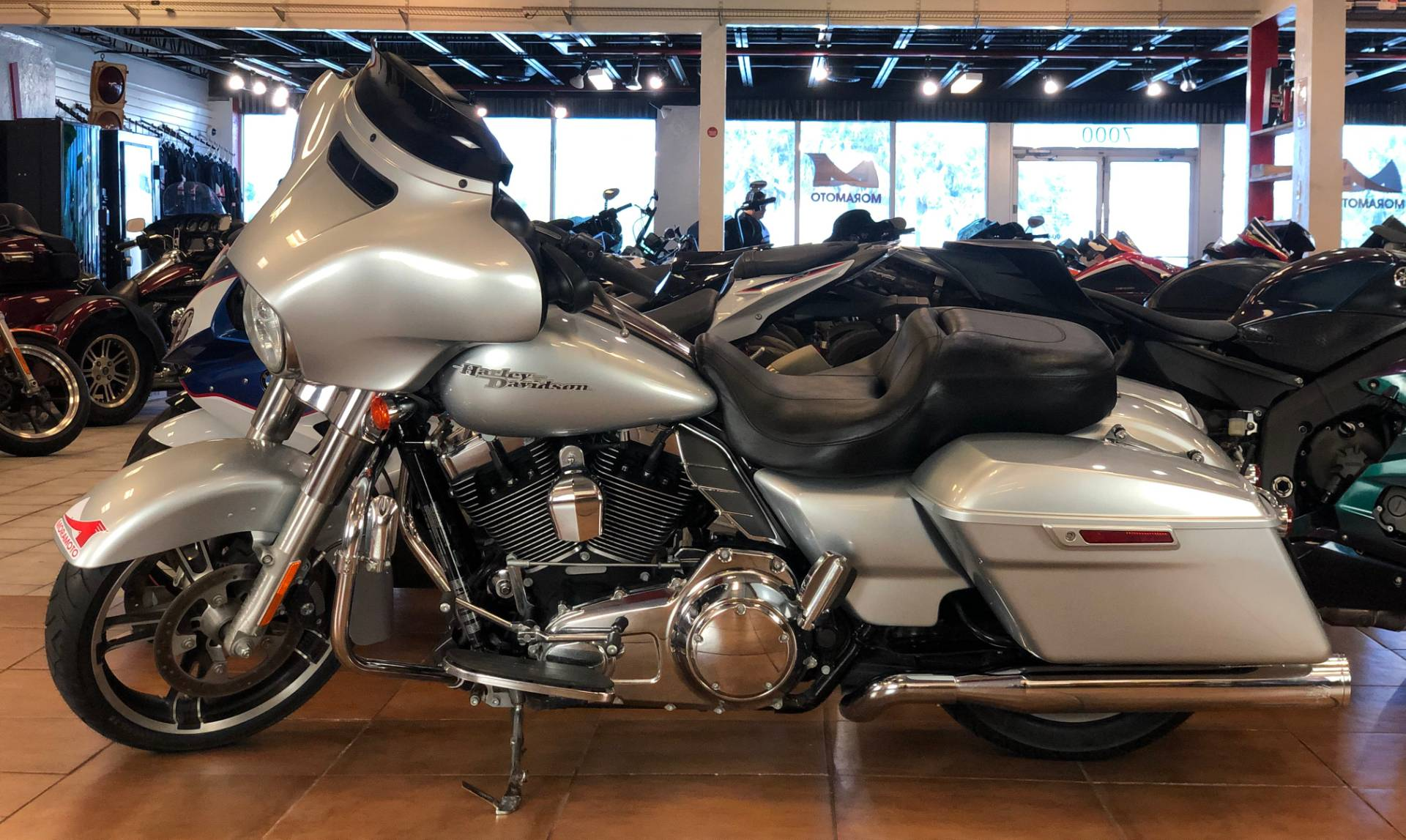 2014 Harley-Davidson Street Glide® in Pinellas Park, Florida - Photo 2