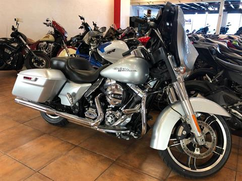 2014 Harley-Davidson Street Glide® in Pinellas Park, Florida - Photo 3
